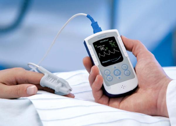 OXYTRUE A Pulsoximeter SMARTsat